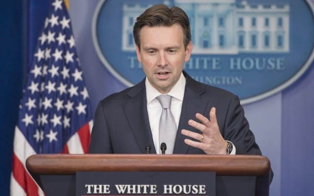Josh Earnest v Bilem dome